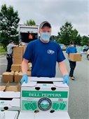 volunteer at food drive